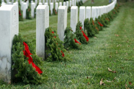 Wreaths Across America - Image Credit: https://www.flickr.com/photos/emertz76/8280005574